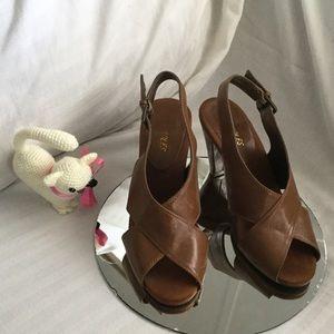 Aerosoles memory foam insole shoe